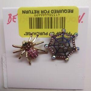 Betsey Johnson New Mismatch Spider & Web Earrings